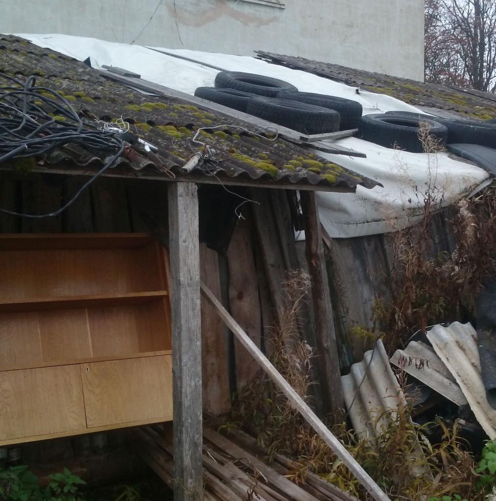 PVC kasutatud riie kuuri või garaazi katmiseks
